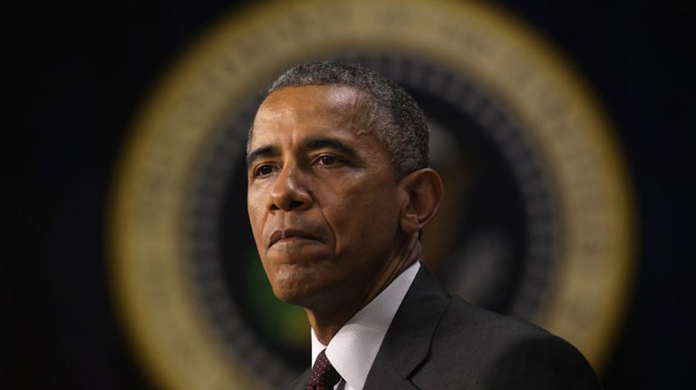 Obama warns 2020 presidential hopefuls: Voters 'don't want to see crazy stuff'